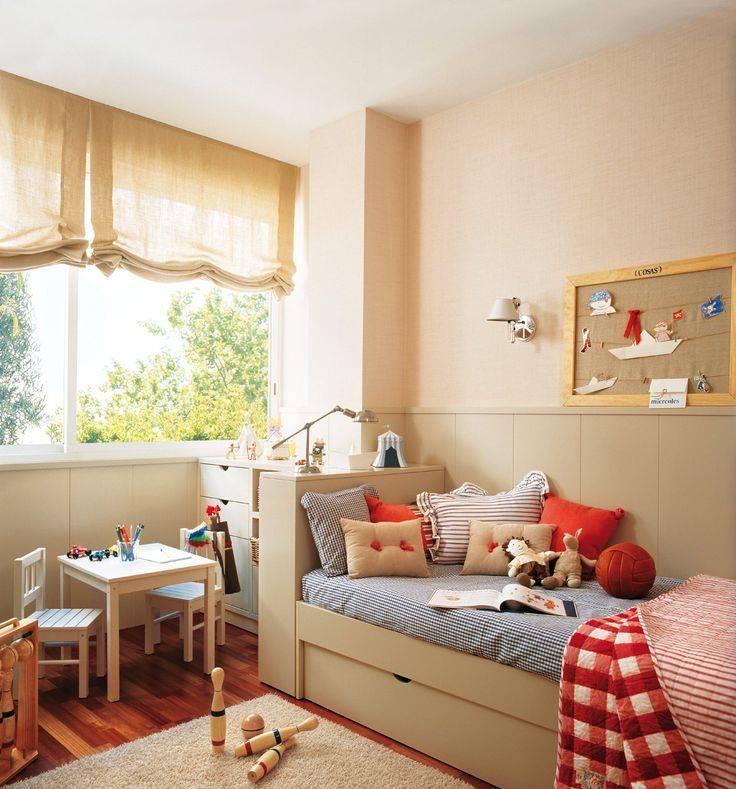Преимущества детской со столом у окна