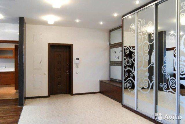 Встроенный шкаф в прихожую: 110 фото идей современного оформления шкафов