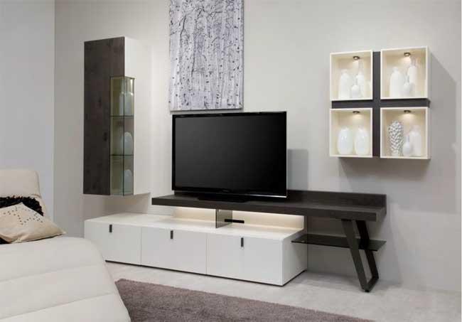 Тумба под телевизор, как элемент декора и практичное место для хранения: выбираем подходящую модель