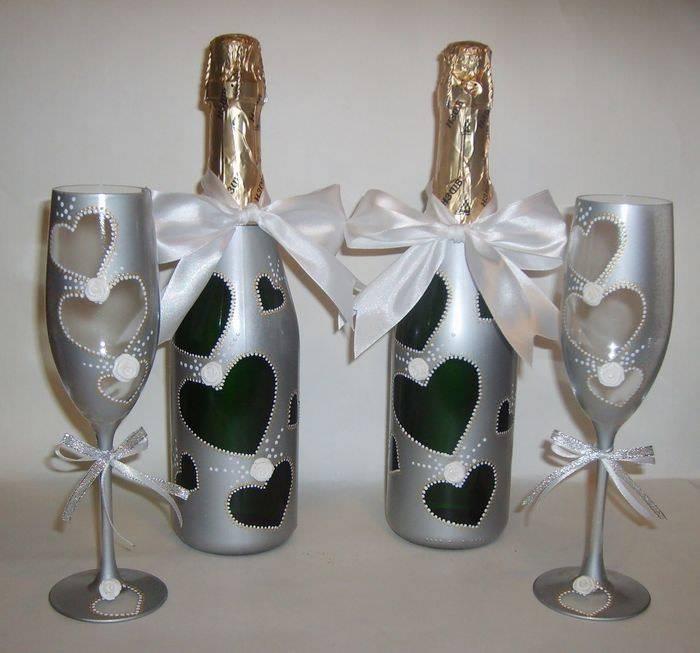 Свадебный декор лентами бутылки шампанского. украшение бутылки на свадьбу своими руками