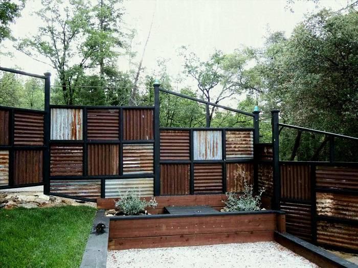 Какой забор лучше поставить в частный дом: виды и красивые идеи дизайна