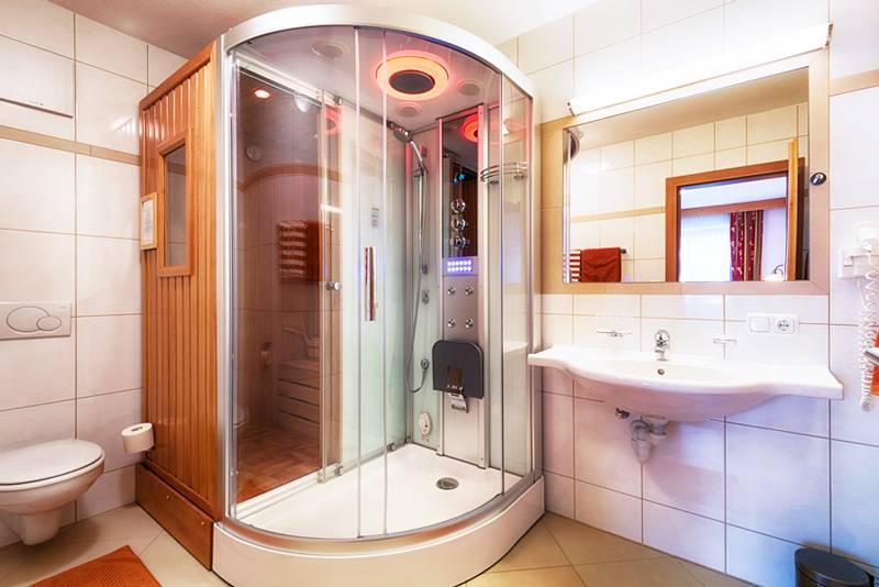 Душевая в ванной без кабины (86 фото): варианты дизайна ванной комнаты с душем без поддона и кабинок из плитки, проекты