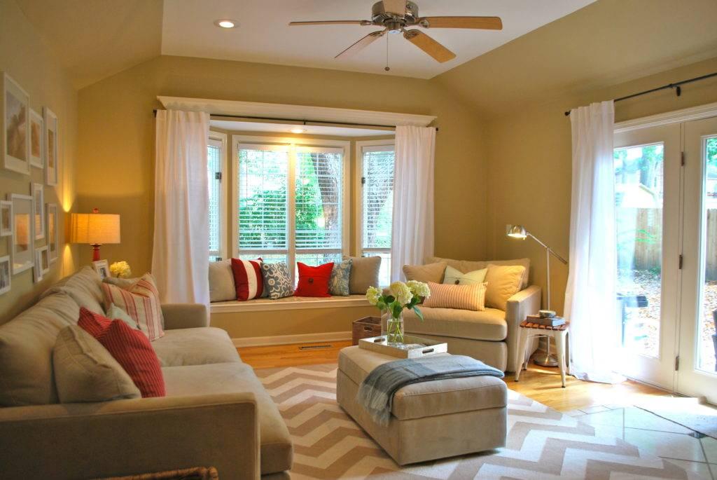 Диван в интерьере гостиной: угловой, прямой, дизайн зала  - 40 фото