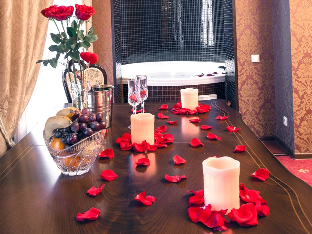 Романтический вечер для двоих дома идеи в домашних условиях - 24 фото