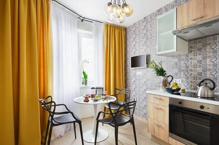 Занавески на кухню — 100 фото лучших идей дизайна и новинок. идеи красивого сочетания в интерьере кухни