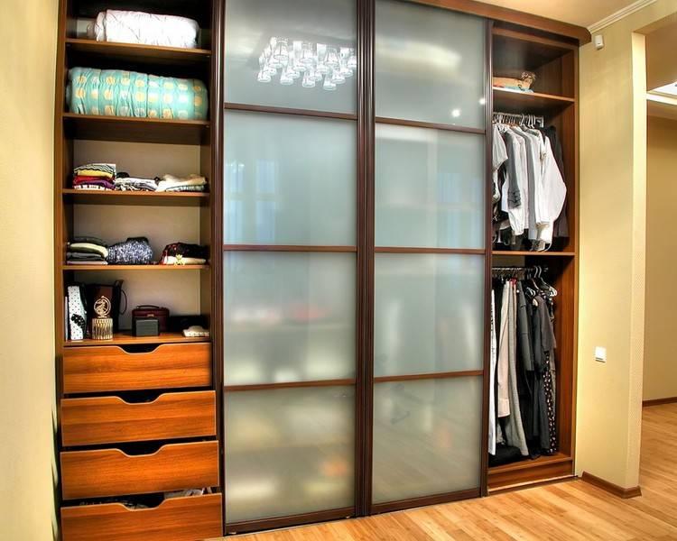 Шкаф-купе в спальню: размеры, наполнение, фото идеи дизайна интерьера спальной комнаты