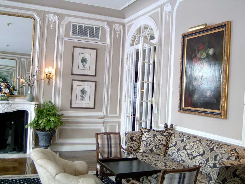 Лепнина на стенах (56 фото): примеры в интерьере квартир. как сделать своими руками декоративную лепнину в домашних условиях для начинающих?