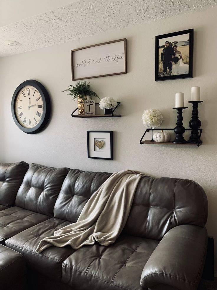 Полки в гостиную (115 фото): советы по выбору, размещению и оформлению
