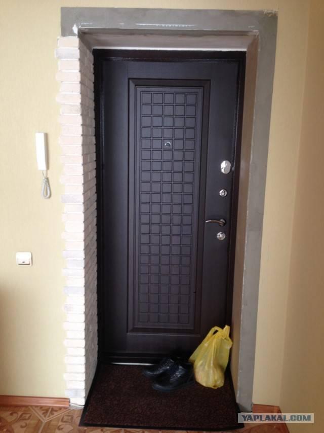 Как оформить откосы входной двери внутри квартиры: варианты отделки
