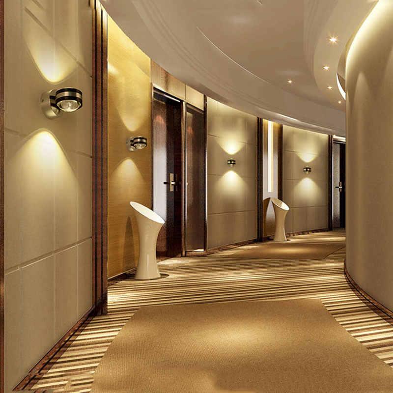 Натяжной потолок в прихожей с точечными светильниками - 50 фото