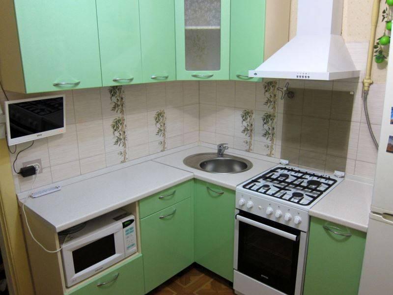 Угловые кухонные гарнитуры для маленькой кухни (45 фото): решаем проблему дефицитного пространства