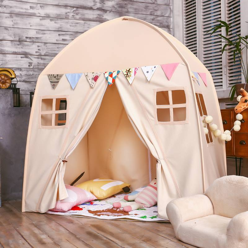 100 лучших идей: детский игровой домик/палатка на фото