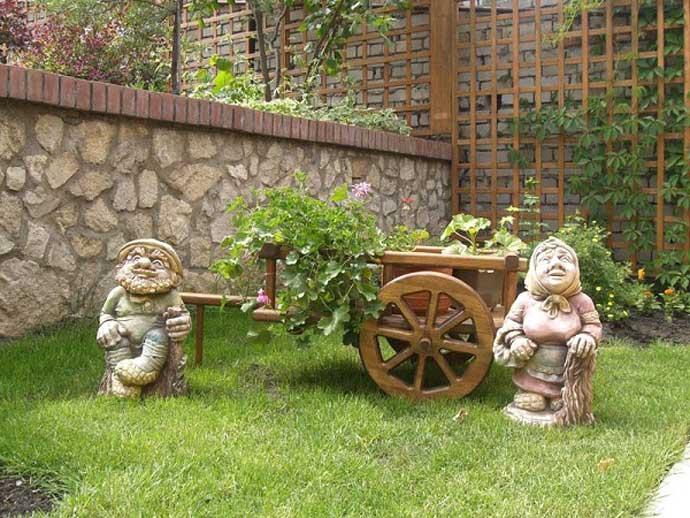 Создаем садовые фигуры своими руками. простые и интересные идеи из подручных материалов