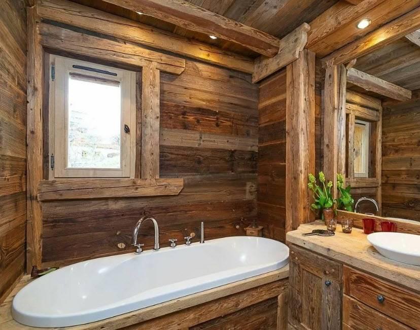 Ванная в деревянном доме: 200 (фото) отделка, обустройство