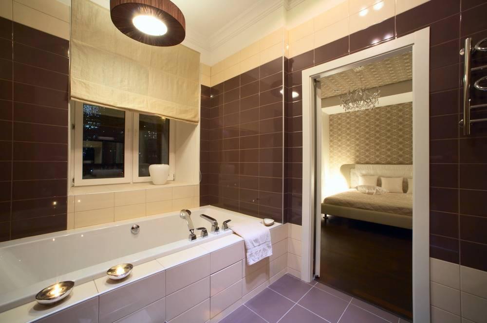 Плюсы и минусы коричневой ванной комнаты - 30 фото