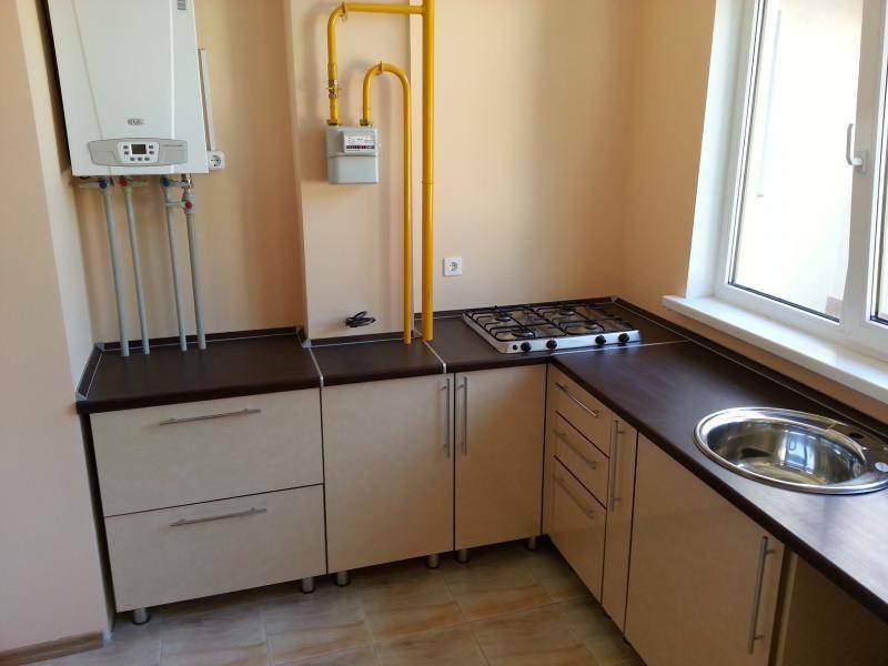 Как спрятать газовый котел на кухне: идеи с фото