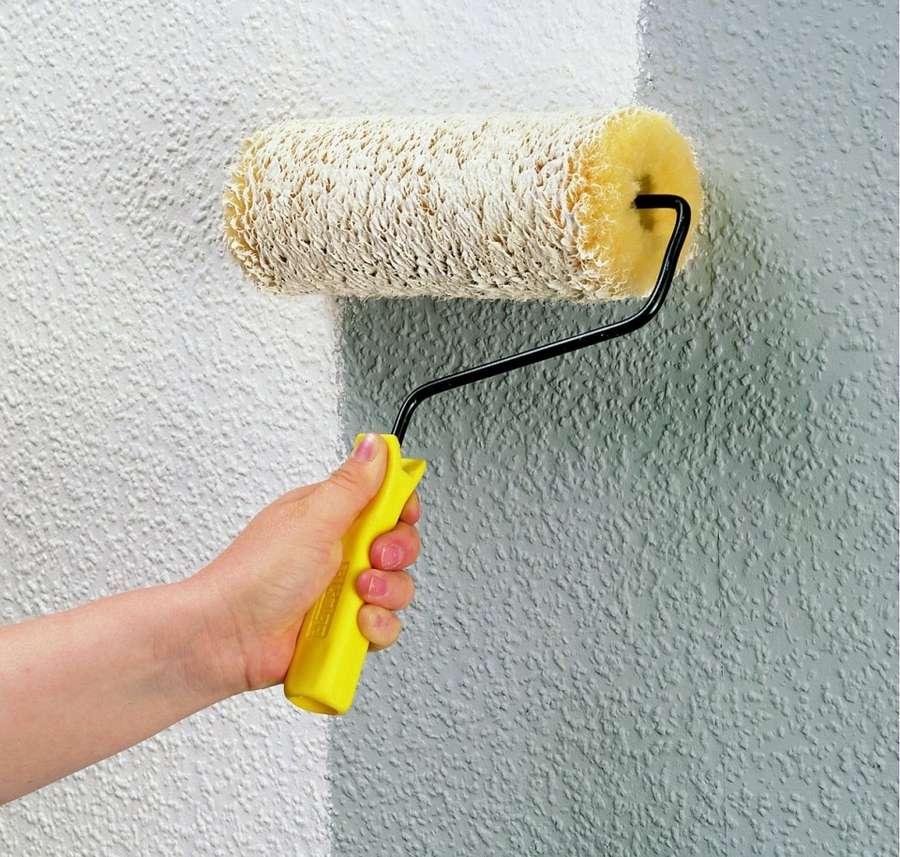 Как красить водоэмульсионной краской стены: инструкция, валиком, без разводов | ремонтсами! | информационный портал