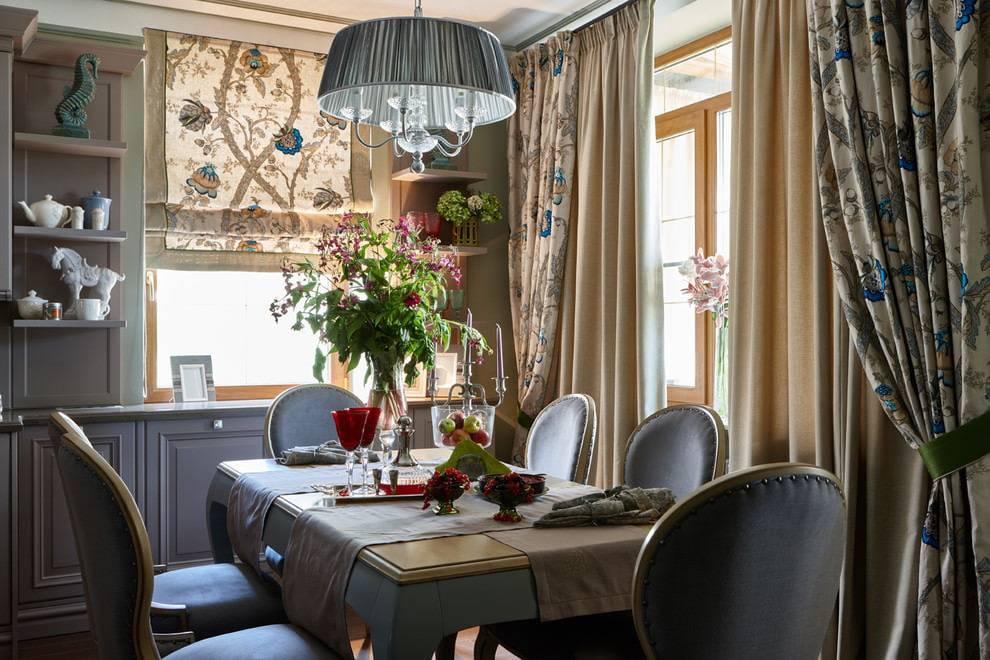 Выбираем шторы для кухни: красиво и практично