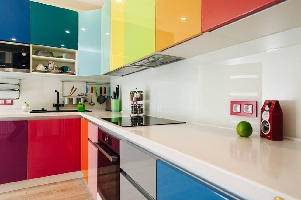 Цвет столешницы для кухни – 55 фото, правила по выбору и советы