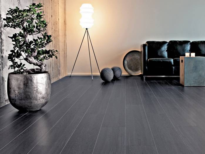 Темный линолеум (35 фото): какой тон лучше, светлый или темный, черный пол в интерьере кухни, венге, к каким обоям и дверям подойдет такой цвет