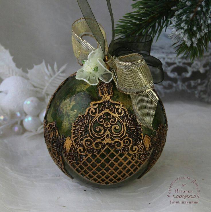 Декупаж новогодних шаров: особенности и необычные идеи. елочные украшения своими руками — декупаж новогодних игрушек