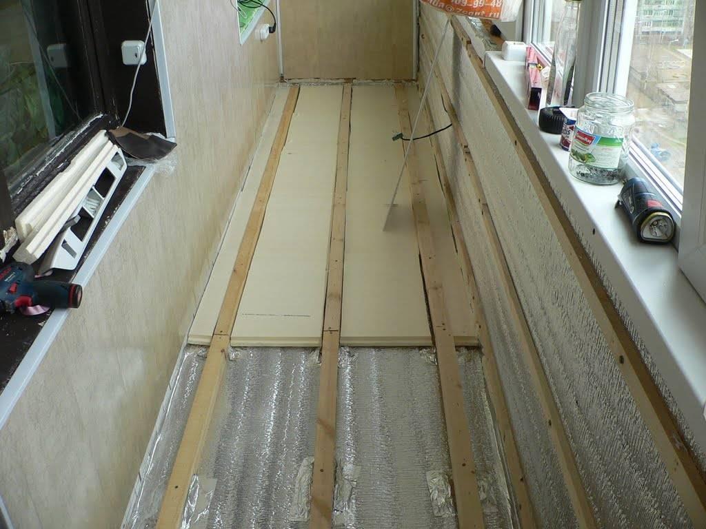Пол на балконе: выбор материала для покрытия