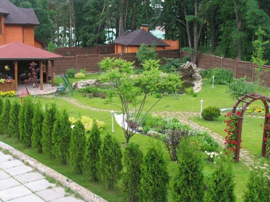 Благоустройство дачного участка: как обустроить сад и огород загородного дома красиво с минимальными затратами, варианты озеленения