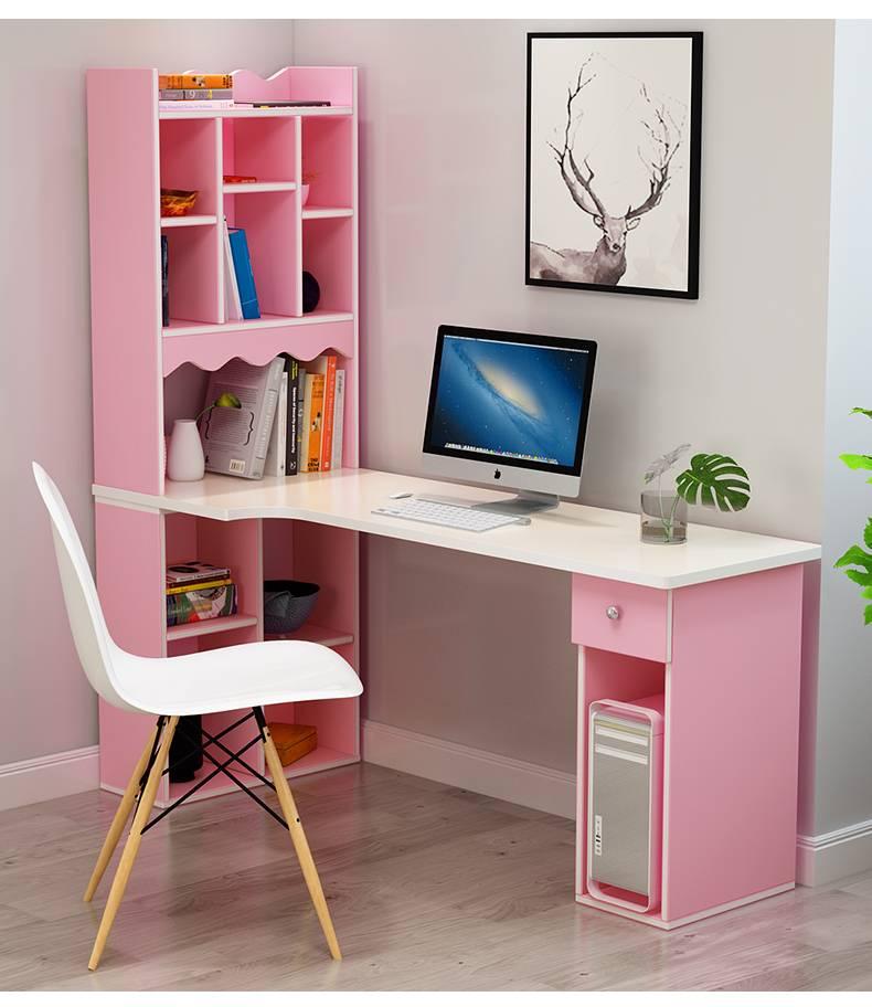 Письменный стол в комнату для ребенка