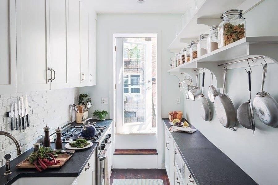 Узкая и длинная кухня — как оформить? нюансы и хитрости для маленького интерьера (175+ фото)