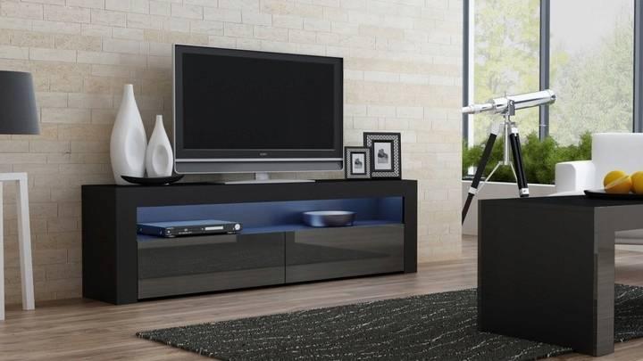 Комод под телевизор: особенности, разновидности, советы по выбору