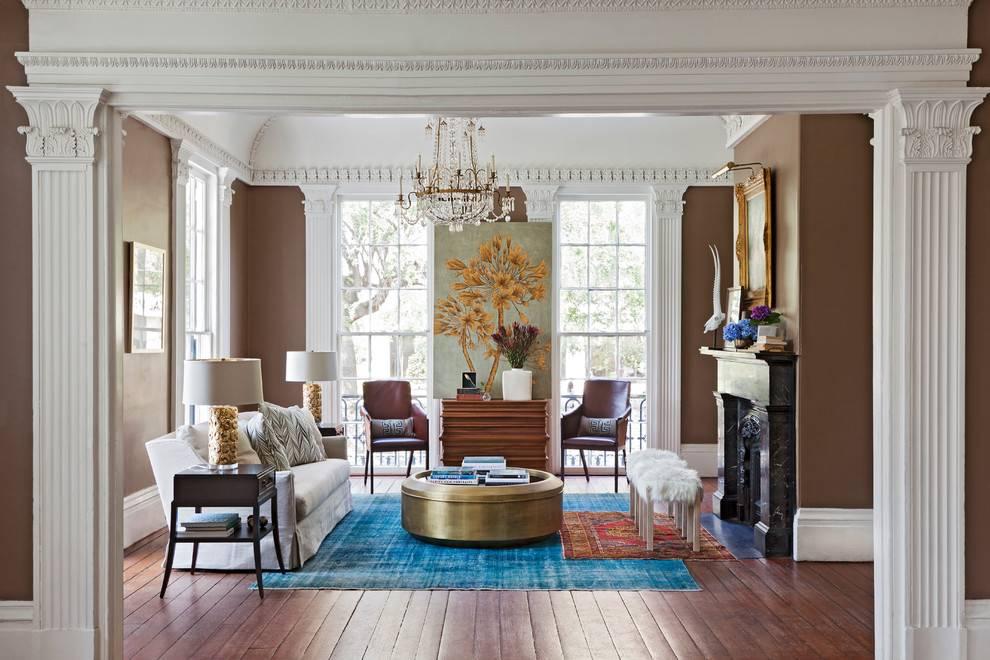Лепнина (82 фото): что это? лепной декор на потолке под люстру, реставрация и производство лепнины из полиуретана, цветная лепнина для стен