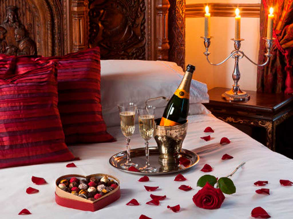 Романтик для мужа в домашних условиях: рекомендации, рецепты блюд