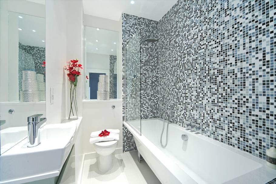 Мозаика в дизайне ванной комнаты — идеальный способ для красивого обустройства на 83 фото
