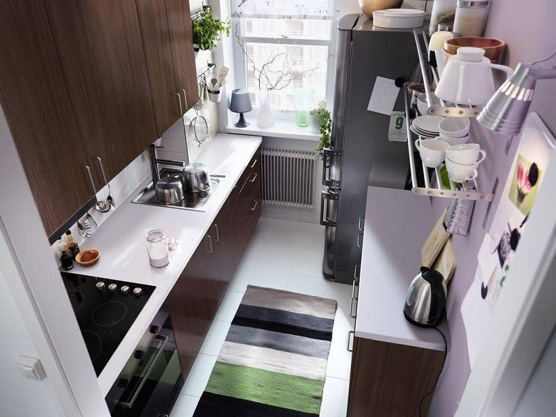 Кухня 3 кв. м: прямая (линейная) и угловая, фото дизайна в современном стиле, с холодильником и размерами, классика
