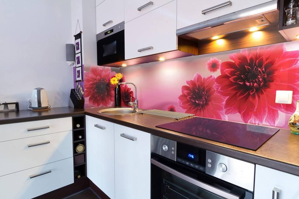 Фартук из МДФ в интерьере кухонного помещения