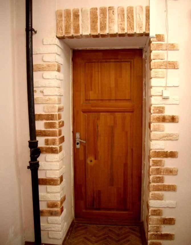 Откосы для входных дверей: варианты отделки и рекомендации