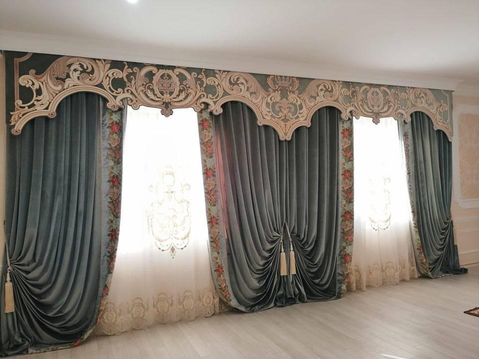 Занавески в гостиную - стильные идеи дизайна. выбор цветовых решений, стиля и материалов занавесок (130 фото)