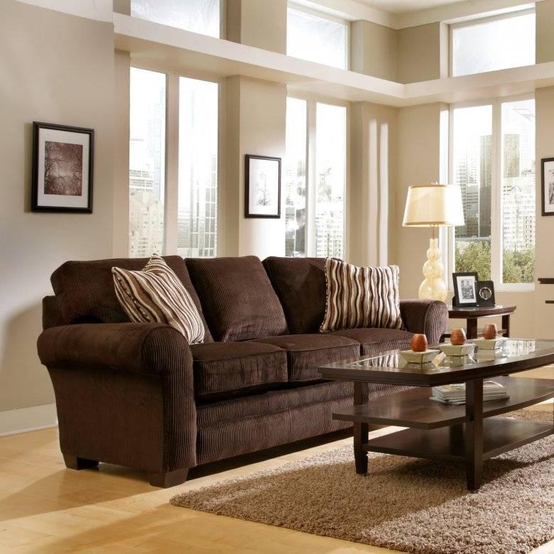 Зеленый диван в интерьере гостиной, темно-изумрудный - 25 фото