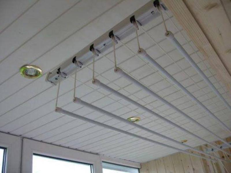 (+75 фото) сушилки для белья на балкон: разновидности