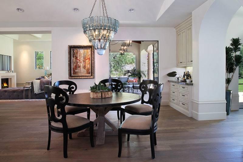 Стулья в интерьере - красивых и стильных дизайнерских идей вариантов стульев (105 фото и видео)