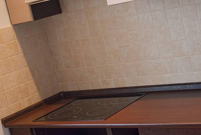 Основные особенности плинтуса на кухне: как выбрать и устанавливать, советы от мастеров