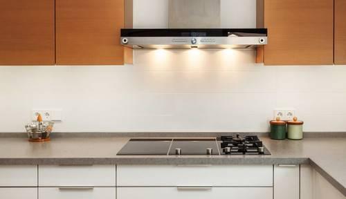 Вытяжка на кухне: топ-150 фото видов с подробными описаниями. выбор места расположения, функции вытяжек