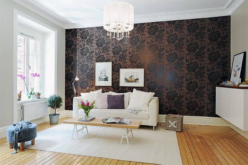 Комбинированный дизайн комнаты с обоями