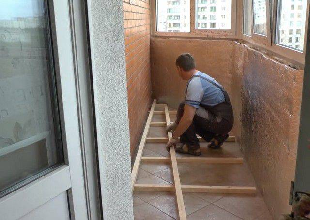 Пол на балконе своими руками — пошаговая инструкция монтажа и утепления