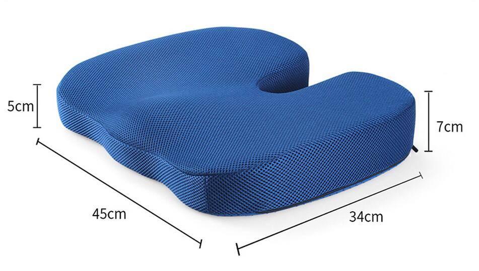 Подушки на стулья: советы по выбору, описание моделей от ортопедических до стильных