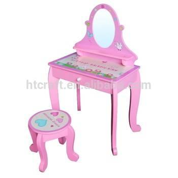 Туалетный столик с зеркалом для спальни: варианты размещения мебели, размеры, виды конструкций, 125 идей и фото новинок