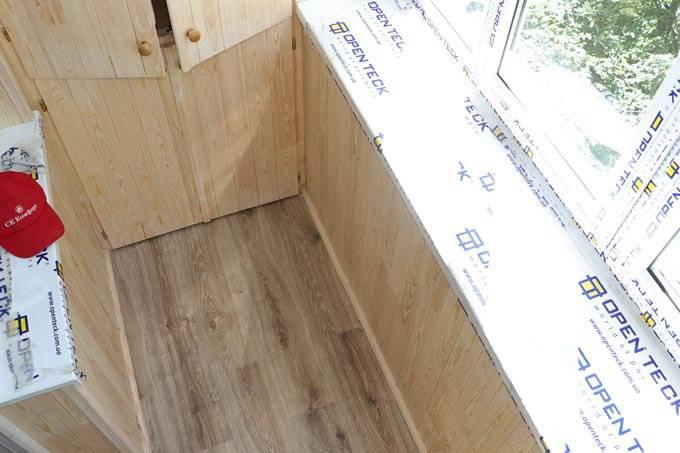 Особенности и технология отделки балкона вагонкой