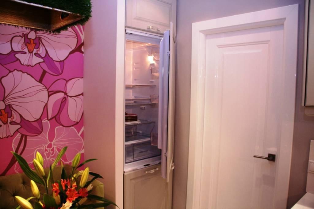 """Холодильник в коридоре – как расположить удобно и красиво – газета """"право"""""""