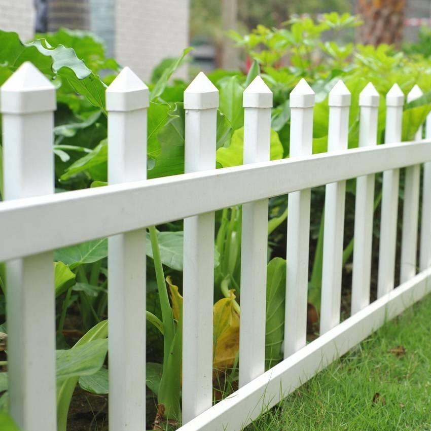 Бетонный забор: 75 фото красивых идей и варианты установки бетонных конструкций