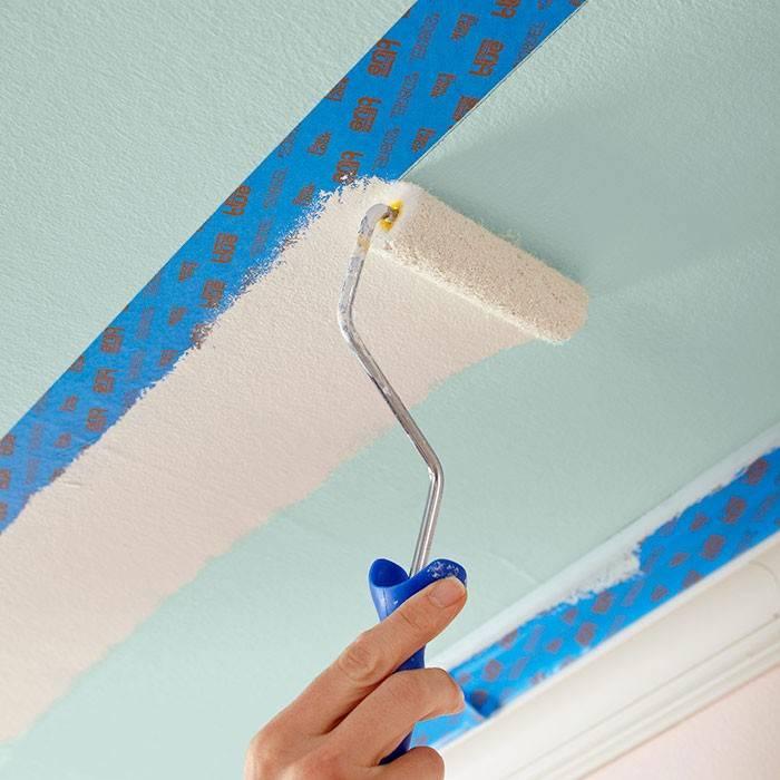 Чем покрасить потолочную плитку из пенопласта и каким методом лучше?